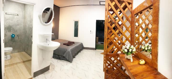 Lanta beautiful beach house 2