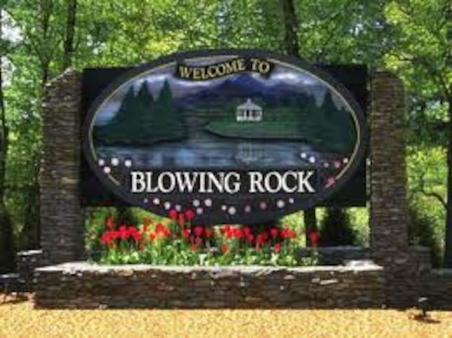 Walk to downtown Blowing Rock in minutes.  Home located right behind the Museum.
