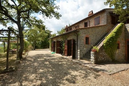 Casale Riecinino - Gaiole In Chianti - Huvila