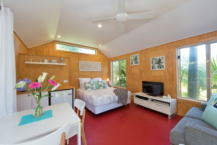 Byron Treehouse  - New Listing - Suffolk Park - Chalet