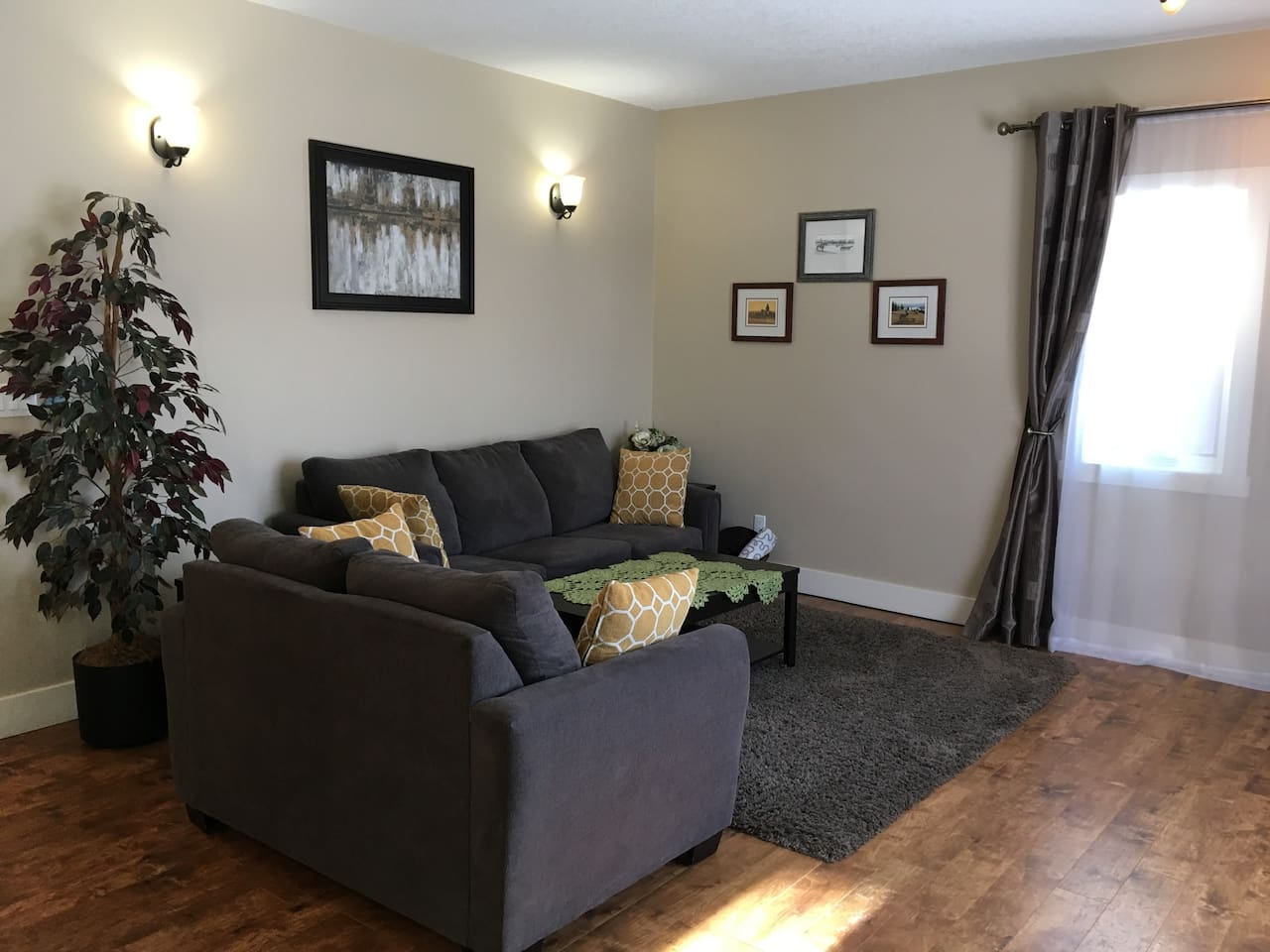 Spacious and cozy 2-bedroom apartment in Radium Hot Springs, very well equipped  with brand new furniture.