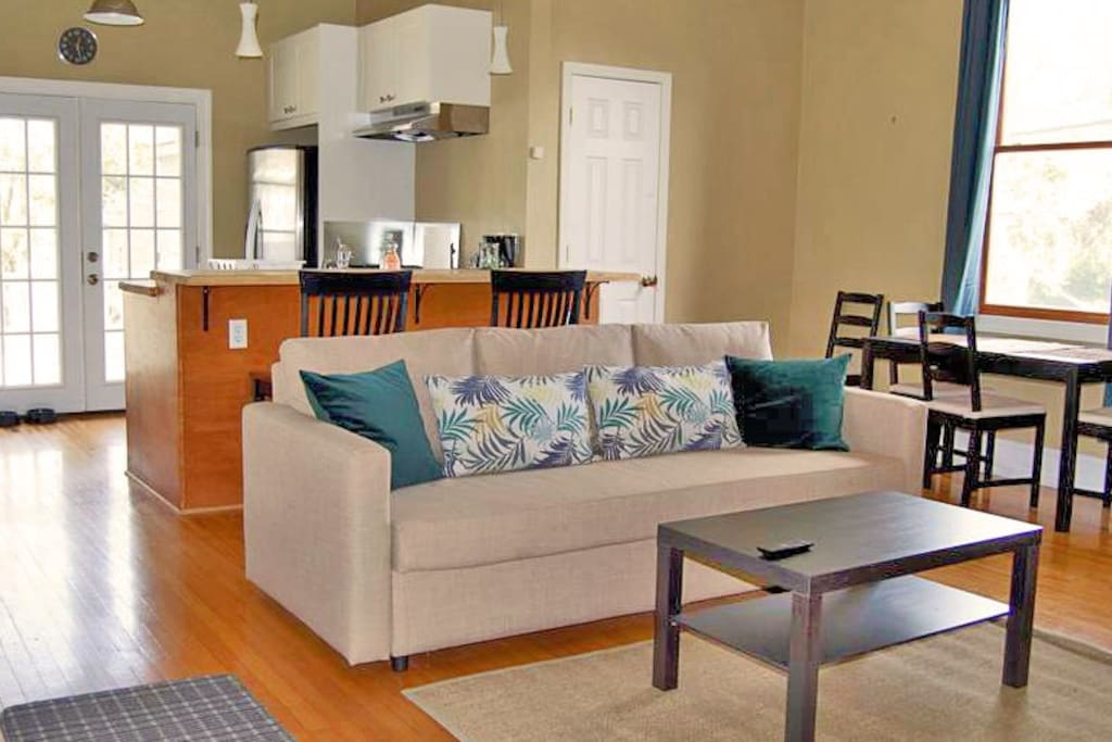 Welcome! This spacious studio apartment has recently been renovated with a brand new kitchen and all new furnishings.
