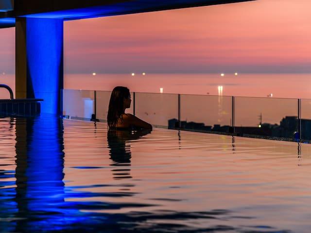 바다와 섬이 만나는 Grabel Hotel - Deluxe Ondol Mountain