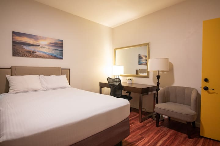 Great private room in Boutique Inn- Rm 8