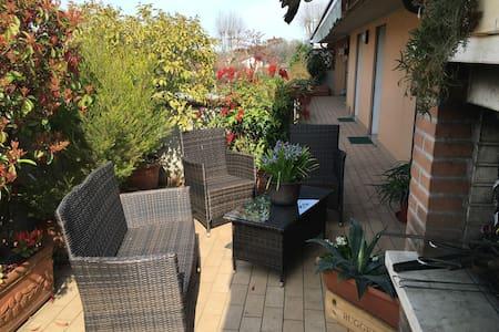 Nice single room on great terrace - Limena