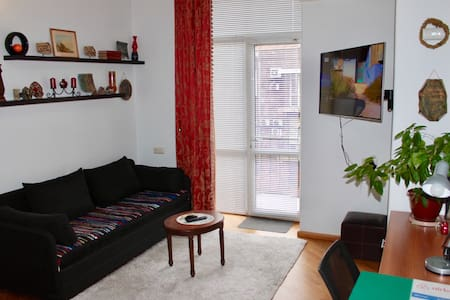 1 BD Studio in Downtown by a 5★ SuperHost!