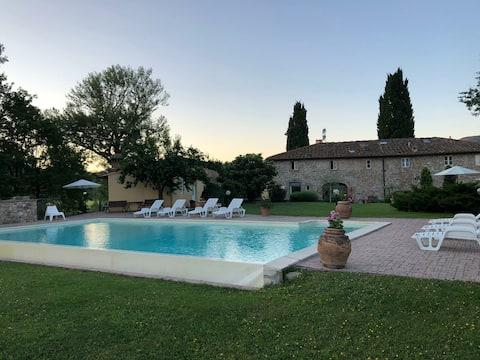 Casa Toscana con piscina e vista sul Mugello - 1
