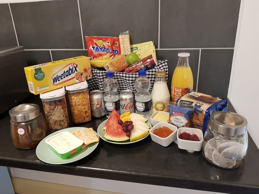 Enjoy your complimentary welcome pack of cereals, fresh fruit lots of tasty snacks, bread and crackers with a selection of spreads and a freshly cut platter of fruit.