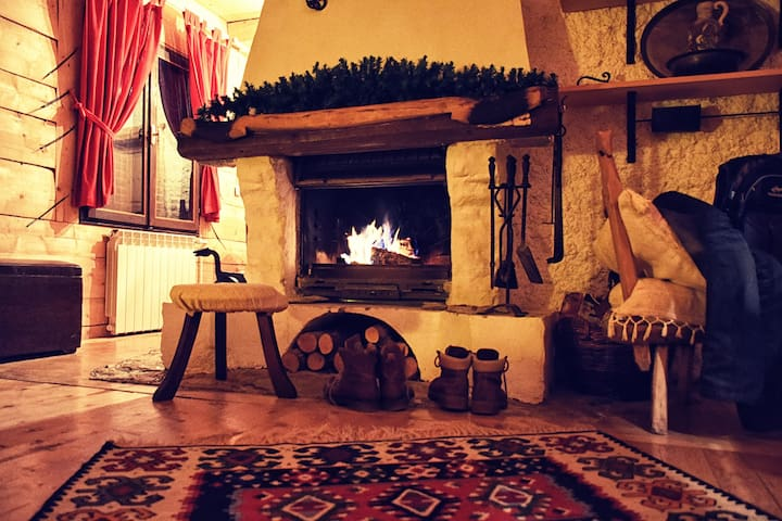 Authentic cosy mountain cottage - Žabljak - Hus