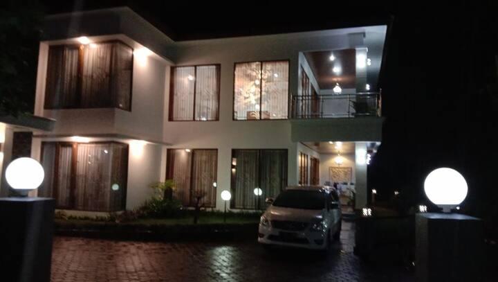 Villa kembar 4 rooms