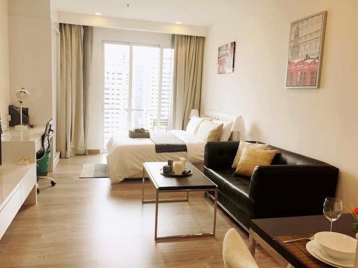 Roomy' cozy suite k8 @one bukit ceylon, pavillion