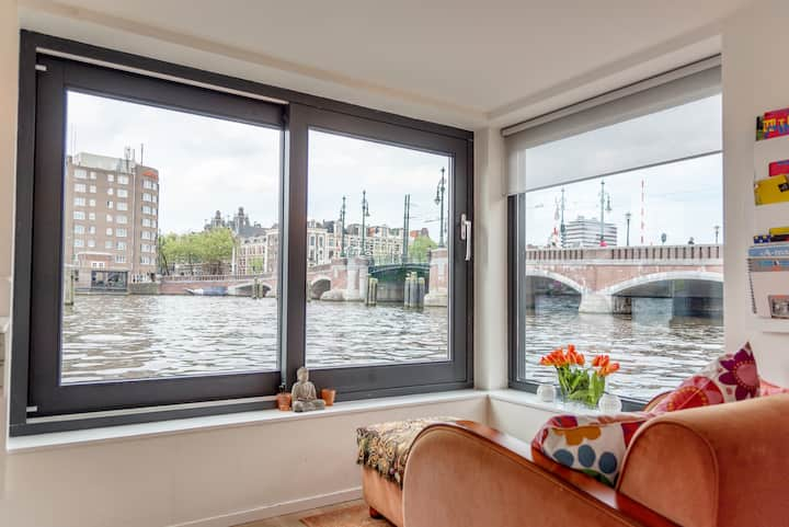 Private Studio Houseboat *BEST VIEW* @ Amstel