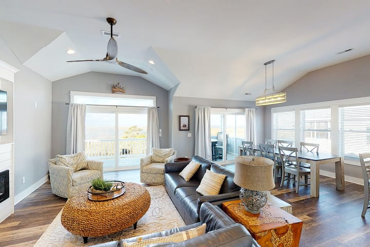 Brand New Soundfront Home With Private Pool, Hot Tub, Elevator And Beach Access