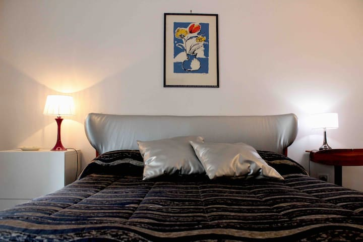 Santa Lucia Room