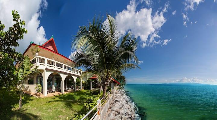 Charu Bay Luxury Beach Front Villa