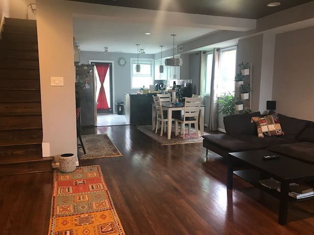 Modern 1 Bedroom close to Metro in Washington DC