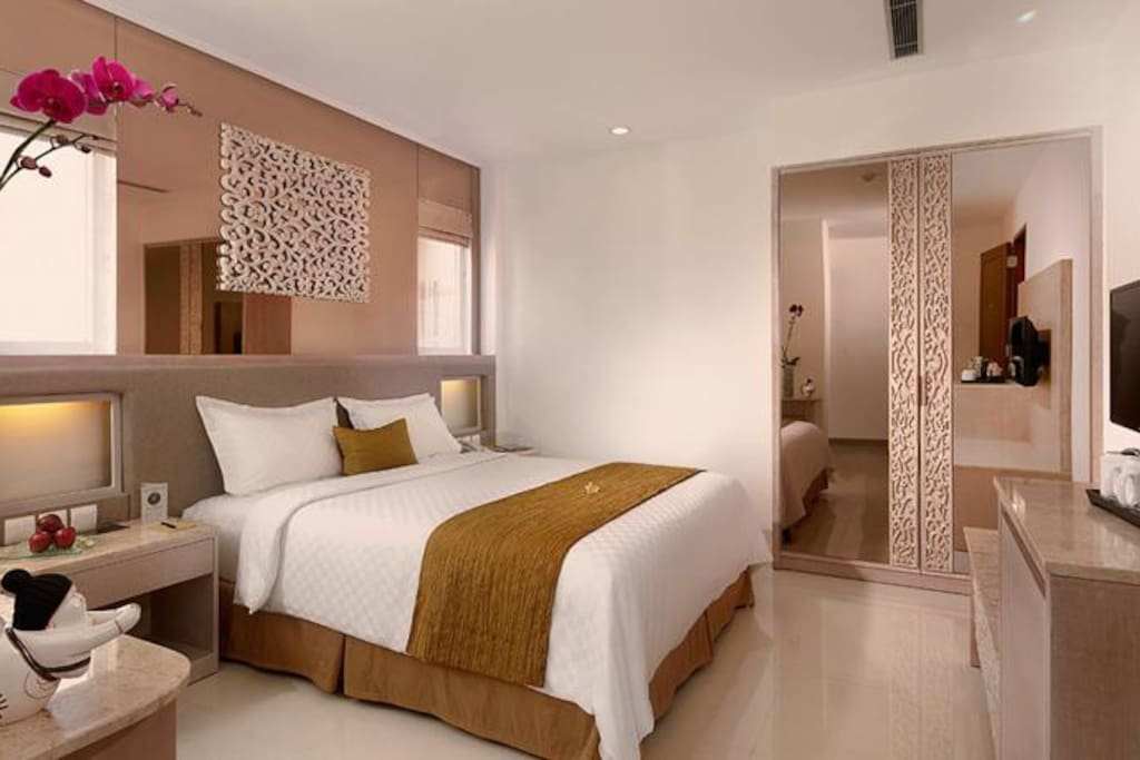 Elegant room in the heart of Kuta - Boutique hotels for ...
