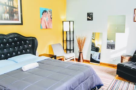 Luxury meets comfort in the heart of Williamsburg!