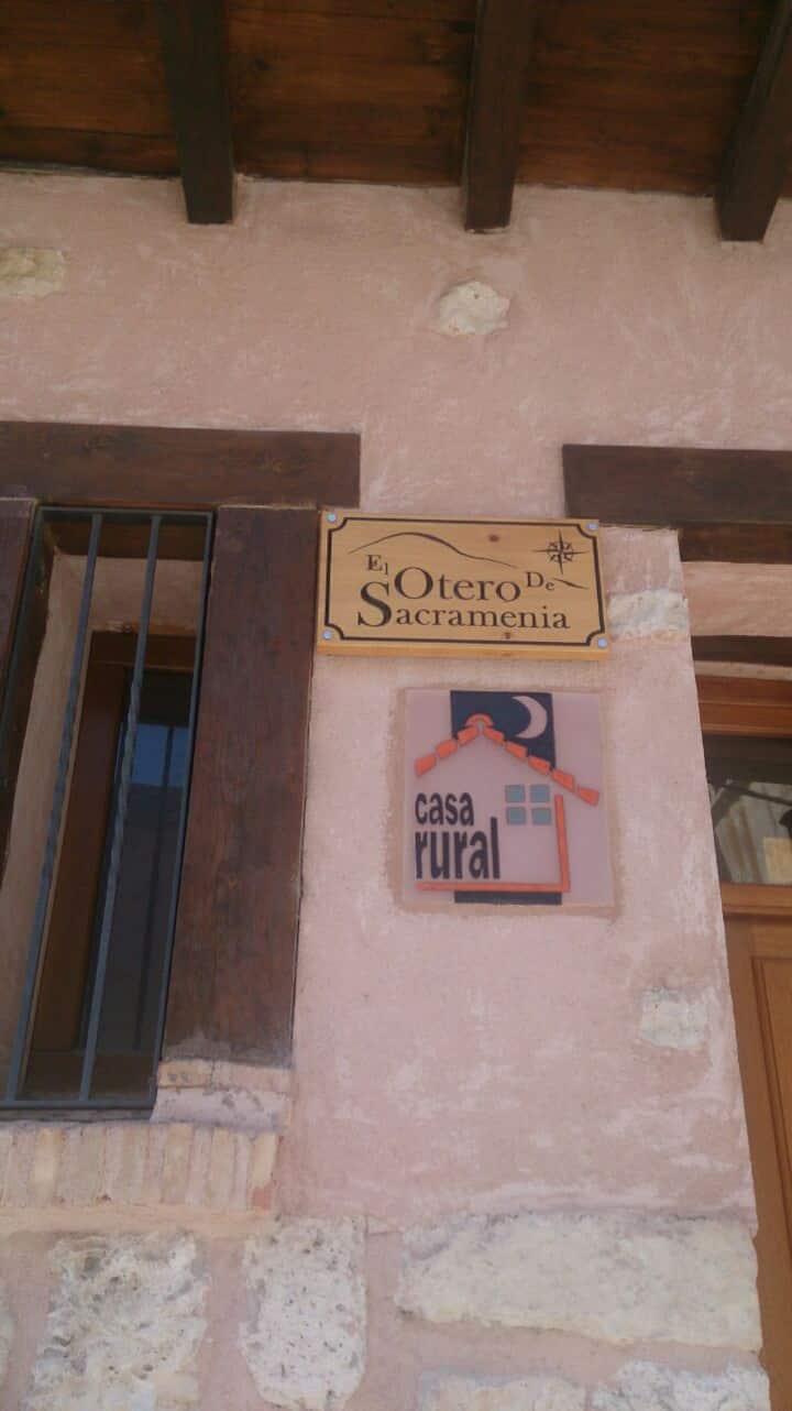 "Casa Rural ""El Otero de Sacramenia"""