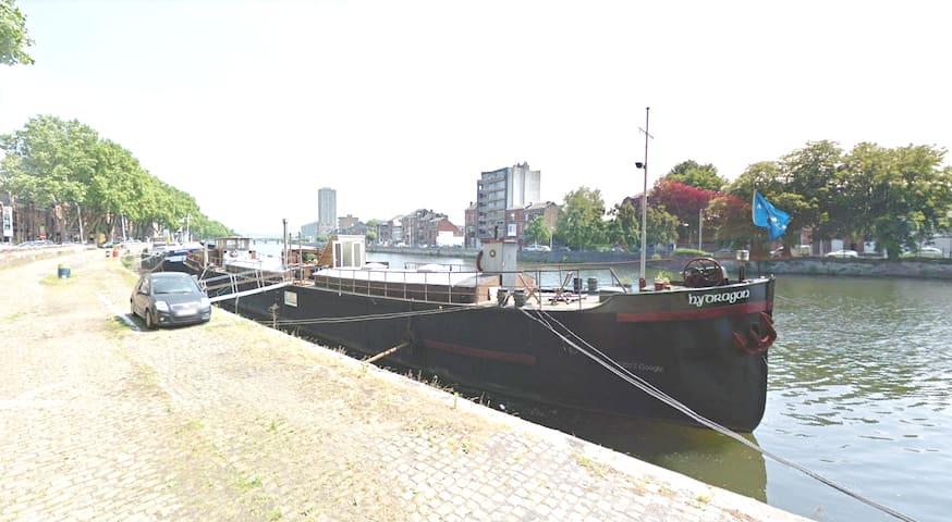 Liège: péniche pour 8 personnes