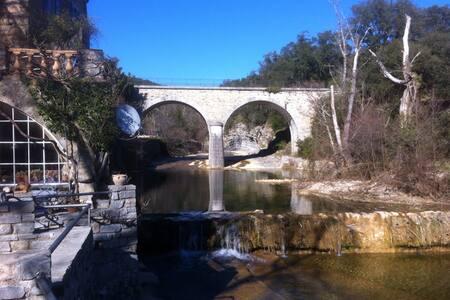 Watermolen, Gite,groen,zwembad, - Fressac