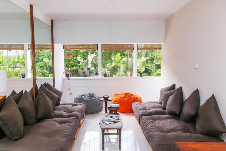 4 Bed Comfortable Stay at Colombo