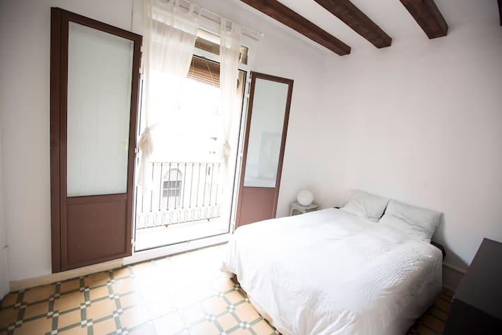 Habitación doble con balcón DOUBLE ROOM