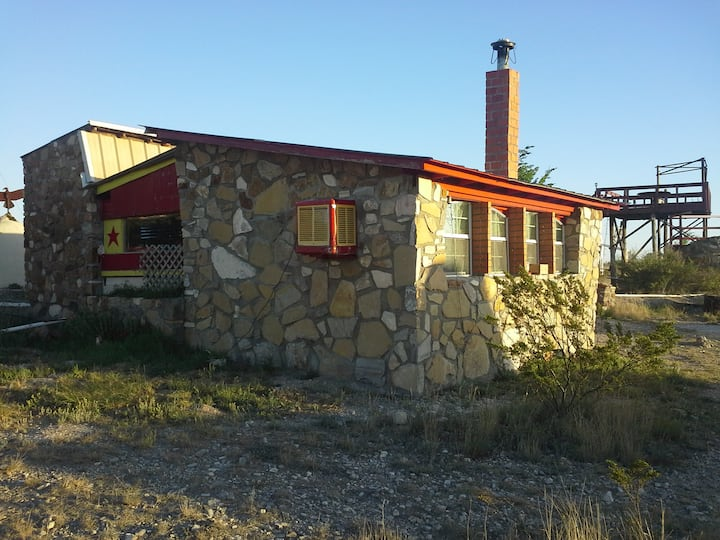 La Loma del chivo- Stone Cottage/alternative bld.