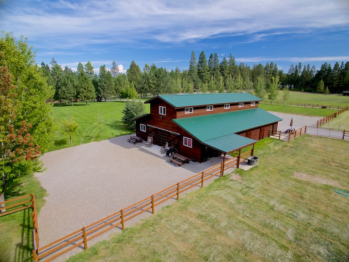 Amen Ranch - Back Barn