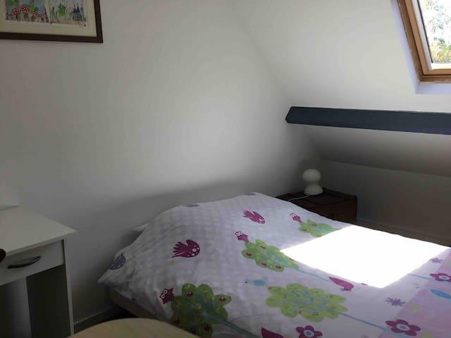Deuxième chambre lit 140*190