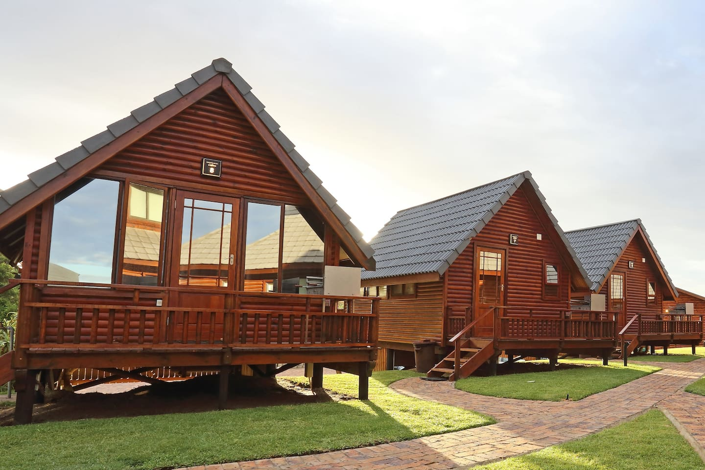 Cozy Cabins for couples without a sea view