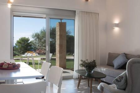 Pefkides Apartment Suites - Marathopoli - Butikový hotel
