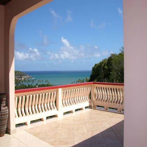 Bayview Villa Suites - Praslin - Casa de camp