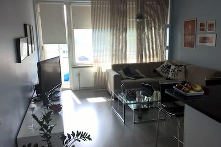 Apartment, by train 15 min to Helsinki/Fair centra