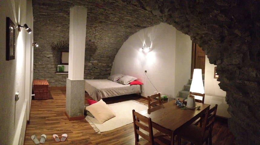 Rustica stanza privata a Pollein - Pollein - Dom