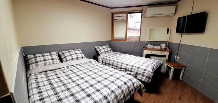 Myeong-dong/Namdaemoon 5min 3p room+toilet+WiFi