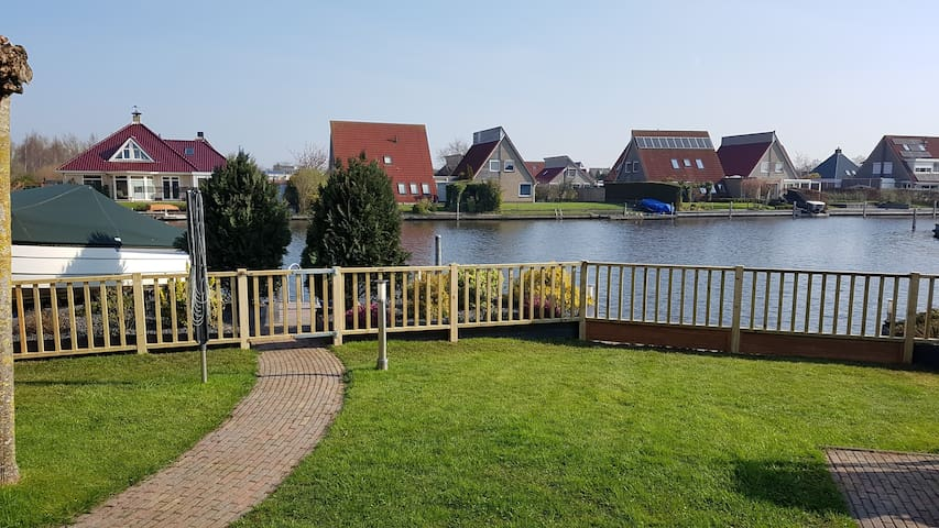 Wonderful lakehouse (contactless stay)