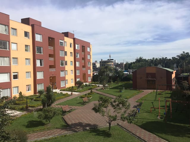 Acogedor, cómodo con excelente ubicación (Hab. #3) - Bogotá - Leilighet