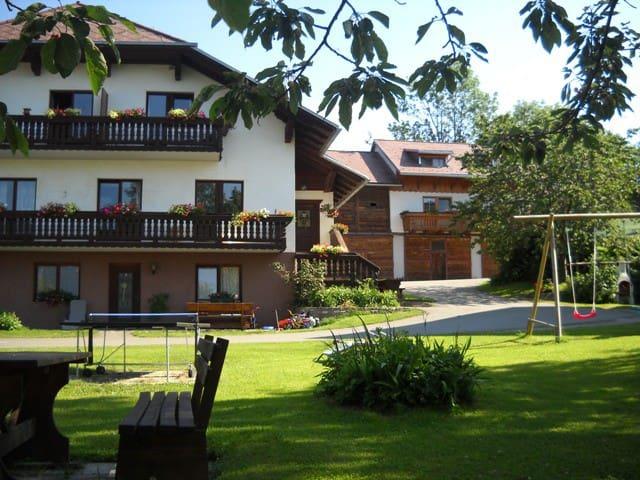 Naturpark Bauernhof Sperl Natururlaub inklusive - Mariahof - Apartment