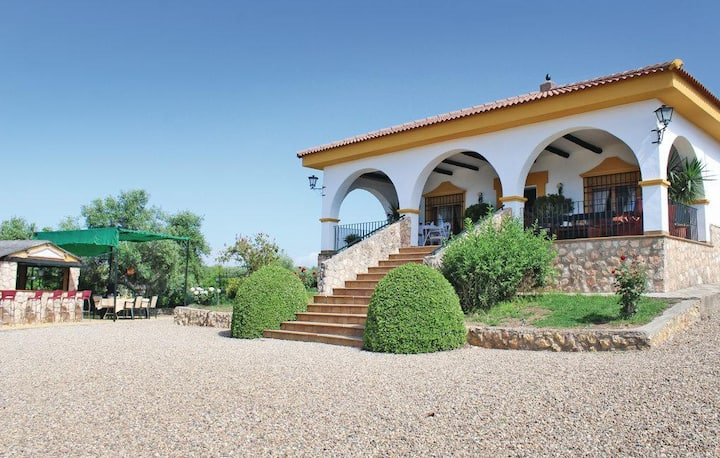 Villa met fantastisch uitzicht in Het echte Spanje