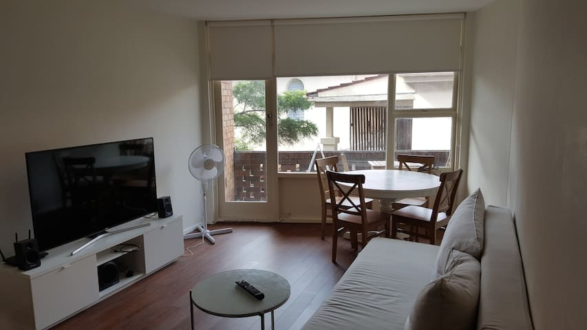 5 min from Bondi 2 bed apartment - Waverley - Apartamento