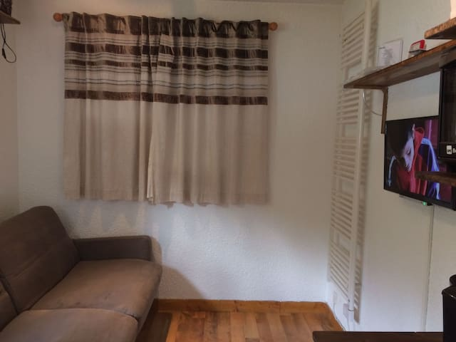 Apartment 4 beds next to slopes- Val Claret/Tignes
