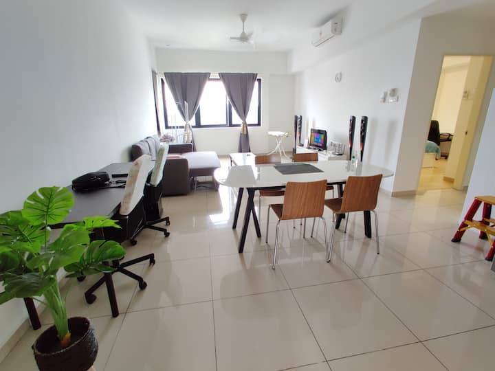 2BR Luxury Homestay in a Low Density Condominium