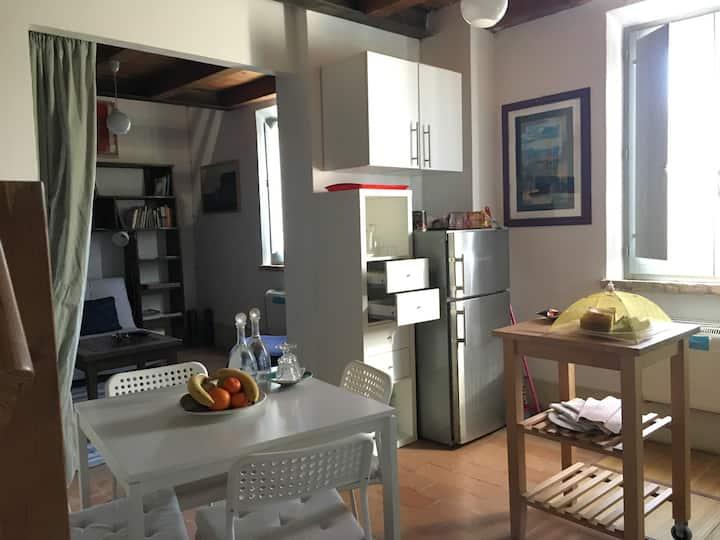 Fratta art-house, spazio confort su 2 livelli