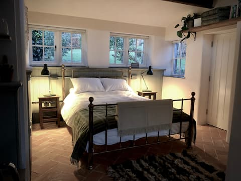 The Old Potting Shed,  cosy retreat for two