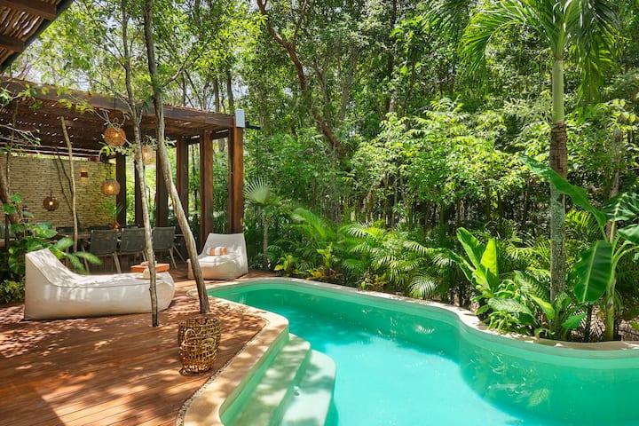 Villa SacBe, Luxury house, 5 mins from the beach