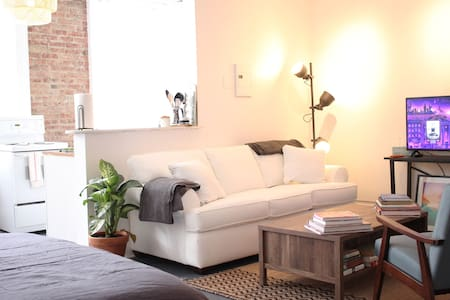Bright, airy, clean, cool Warren Street studio