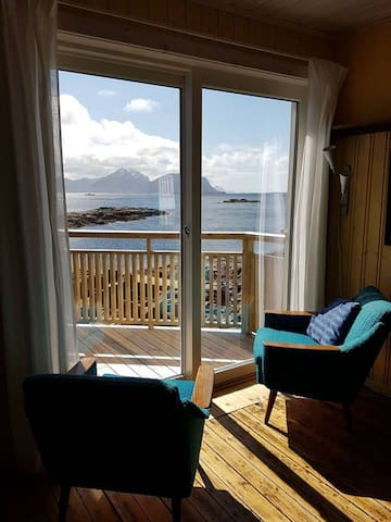 The Gallery Apartment in Nyksund facing the Ocean!