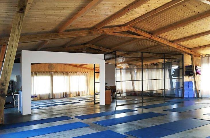 Casa / Sala de Yoga House / Yoga studio