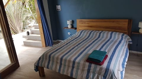 Nouvelle chambre avec terrasse privée vue sur l'océan